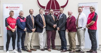 Santander International signs five-year sponsorship agreement with Douglas Rugby Club